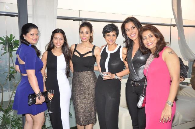 Arzoo Govitrikar, Shaheen Abbas, Mandira Bedi, Pooja Bedi, Deepika Gehani
