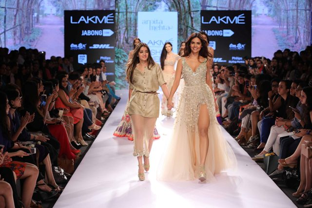 Arpita-Mehta-at-Lakme-Fashion-Week-Summer-Resort-2015-1